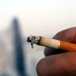 Dürfen Arbeitgeber Raucherpausen von der Arbeitszeit abziehen?